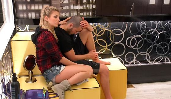 Kelsey plots her next move with Phil